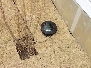 樹木、看板が映えるようにアッパーライトを取り付けました。 芝生も樹木も植えたばかりですので樹勢ありませんが、夏になるとライトに映えると思います。 ーーーーーーーーーーーーーーーーーーーーーーーーーーーーーーーーーーーーー […]