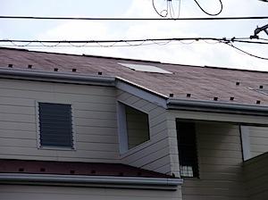 茅ヶ崎市の「I6」様からトップライト部分からの雨漏れ修理を依頼されました。 そのときの工事の様子で2008年分の再掲です。 1──────────2 3──────────4 5──────────6 トップライト遠景  […]