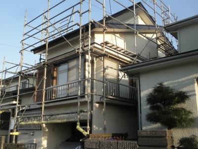 茅ヶ崎市の「N」様邸の木部塗装と屋根の塗装が終わりました。 外部の塗装ですが、雨にたたられて続けての作業ができませんでした。 リフォームはお住まいながらの作業になり、工事中の負担をお客様に掛けてしまいます。 お住まいなが […]