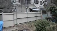 横須賀市の「M」様邸の外部のリフォームをしています。 既存の古い倉庫の部分解体もありますから、片付け仕事がほとんどです。 いろいろな物の処分が大変な作業です。 回収の量が半端無くありますから、さすがに今回は回収の業者さん […]