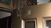 藤沢市の「N」様から、玄関ドアドアクローザーの修理依頼がありました。 こちらのドアのタイプに限らず、玄関ドアのドアクローザーは毎日ドアの開け閉めに使われますので、 その振動でねじが緩みやすくなります。 それで外れるとかガ […]