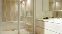 鎌倉市「Y」様邸では、前回のお打ち合わせでむずかしいご要望を多々いただきました。 同事にかなえるのがむずかしいものばかりです。さすがに私も頭を抱えて悩む事がしばし。 洗面所と浴室の仕切りを強化ガラス製にすると、ユニットバ […]