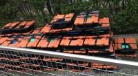 太陽光発電パネルを瓦屋根の上に取付けるように依頼しました。取付け方法は各社色々あり、 鋼製の桟を瓦に引っ掛けたり、ビス止めだったり様々です。あとあと雨漏れが無いようにも 工夫がされています。こちらの瓦が変わった形をしてい […]