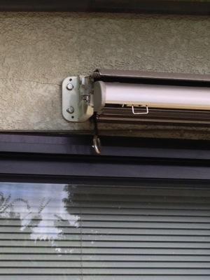 オーニング外壁修理